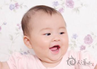 """新生婴儿起名 忌用绕口""""字"""""""
