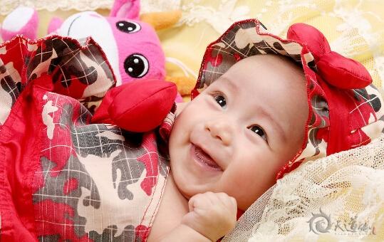 为宝宝起名寄托着对父母对孩子美好的期望
