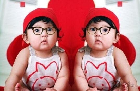 双胞胎起名的误区