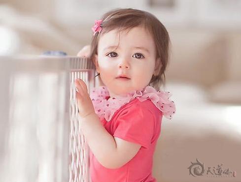 如何给女宝宝取一个合适的名字