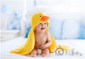 2017年农历四月鸡宝宝怎样根据生辰八字起名